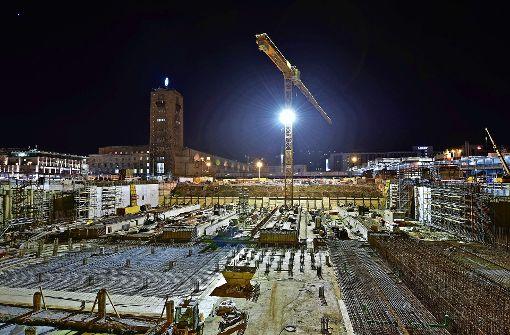 Im Baublock 16 sind die Bahnsteige betoniert, bald folgen die Dachstützen. Foto: Bahn/Arnim Kilgus