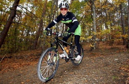 In Baden-Württemberg ist das Radfahren nur auf Waldwegen erlaubt, die breiter als zwei Meter sind Foto: Pressefoto Baumann