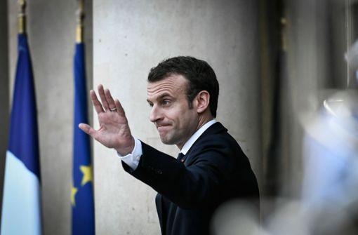 Ein skeptisch dreinblickender Emmanuel Macron – die CDU positioniert sich skeptisch zu seinen Ideen für eine Reform der Eurozone. Foto: AFP