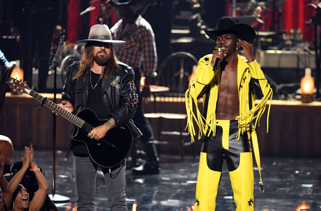Billy Ray Cyrus (links) und Lil Nas X bei den BET Awards in Los Angeles Foto: AFP