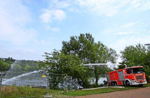 Noch immer Blaualgen-Alarm am Max-Eyth-See