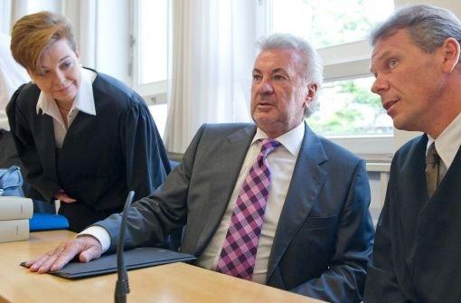 Willi Weber zieht Kopf aus Schlinge