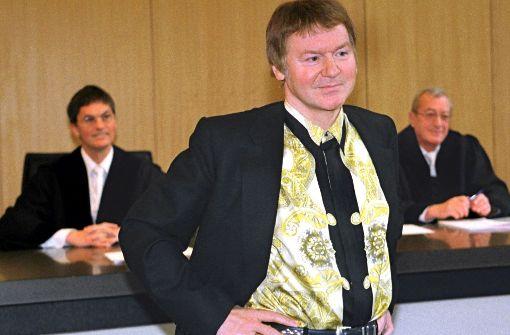 Von  Anton Schlecker sind keine aktuellen Aufnahmen im Umlauf. Dieses zeigt ihn am 25. Februar 1999 im Landgericht Ulm. Foto: dpa