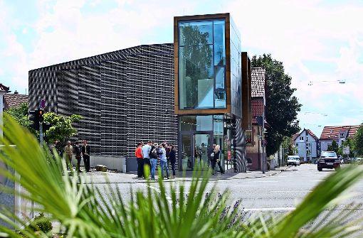 Die Kunsttour hält an  sechs Stationen