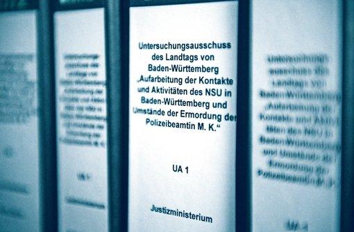 Akten des NSU-Untersuchungsausschusses Foto: dpa