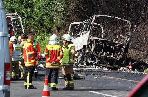 18 Todesopfer aus Bus geborgen