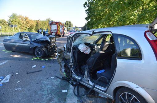 Beifahrerin greift betrunken ins Lenkrad - Frontalzusammenstoß