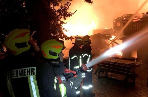 Ferienbauernhof brennt ab - Haftbefehl gegen Verdächtigen