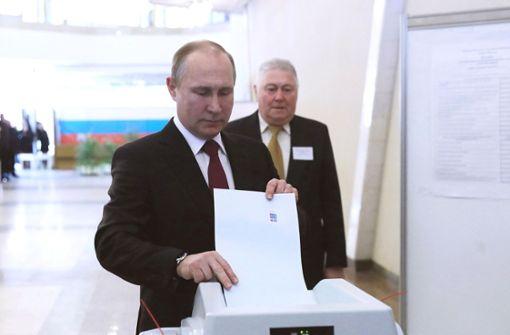Präsident Putin für vierte Amtszeit wiedergewählt