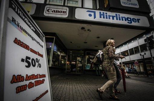 Foto Hirrlinger in der Calwer Straße beugt sich dem Druck des Online-Handels Foto: Leif Piechowski