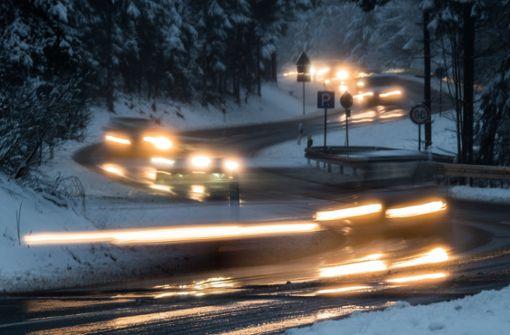 Autofahrer bei Markgröningen schwer verletzt
