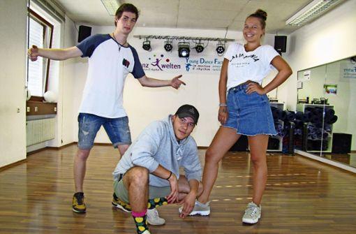 Fabian Spiess, Marius Paintner und Celine Kühnle (von links) von T.H.E. Quest Foto: Barner