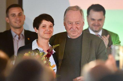 Jubel über Merkels Kandidatur
