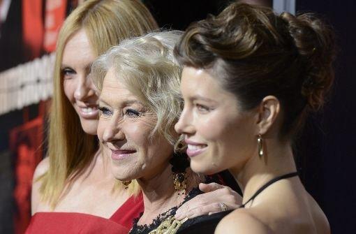 Grenzenübergreifende Zusammenarbeit: Toni Collette (links) aus Australien, die Britin Helen Mirrren (Mitte) und US-Schauspielerin Jessica Biel gehören zum Ensemble des Films Hitchcock. Foto: dpa