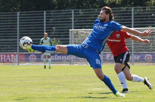Die Stuttgarter Kickers konnten in Neckarsulm nachlegen. Foto: Pressefoto Baumann