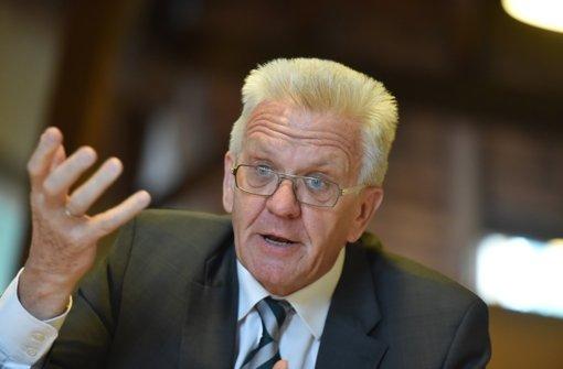 Kretschmann rechtfertigt Anruf bei Justiz