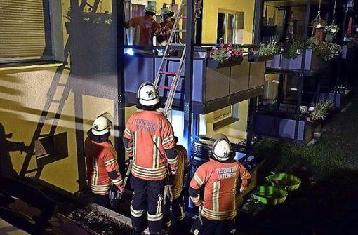 ... doch für den Bewohner kommt jede Hilfe zu spät. Foto: Feuerwehr Ditzingen