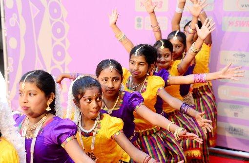 indisches filmfestival stuttgart exotisches farbenmeer auf dem roten teppich stuttgart. Black Bedroom Furniture Sets. Home Design Ideas