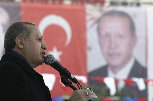 Polizei stoppt Auto von türkischer Ministerin