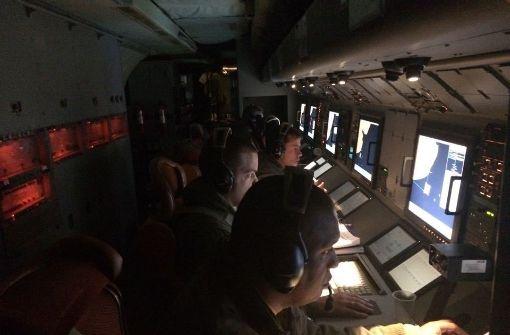 Mitglieder der brasilianischen Luftwaffe suchen im Südatlantik nach dem verschollenen U-Boot. Foto: Brazilian Air Force