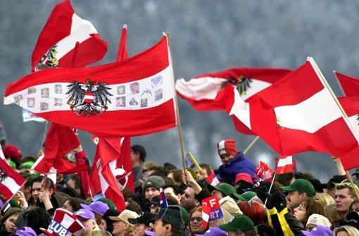 Die Österreicher singen künftig gleichberechtigt Foto: dpa