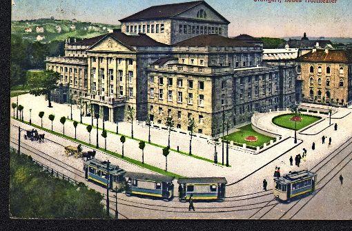 """""""Kulturmeile"""" im Jahr 1912: Am Opernhaus, das ein Hoftheater war, fährt eine Straßenbahn vorbei. Foto: Sammlung Wolfgang Müller"""