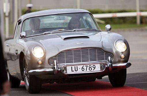 """Aston Martin baut Wagen aus """"Goldfinger"""" nach"""