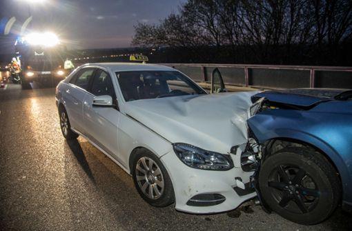 Taxifahrer verursacht mehrere Unfälle