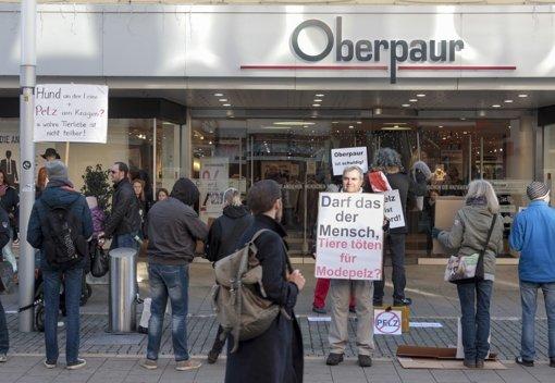 Protest gegen den Verkauf von Pelzen