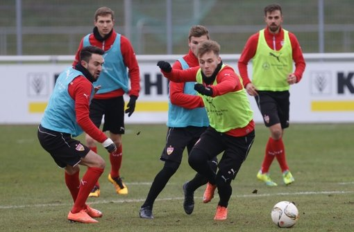 Lukas Rupp (links) und  Alexandru Maxim beim Training. Foto: Pressefoto Baumann