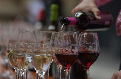 Viele Stuttgarter genehmigten sich ein Glas Wein. Foto: 7aktuell.de/Oskar Eyb