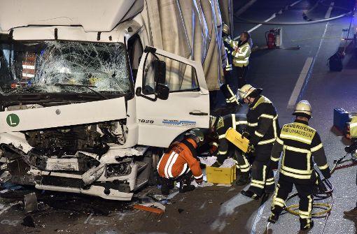 Am Montagabend ist es auf der A8 zwischen Esslingen und München zu einem Unfall gekommen.  Foto: 7aktuell.de/Oskar Eyb