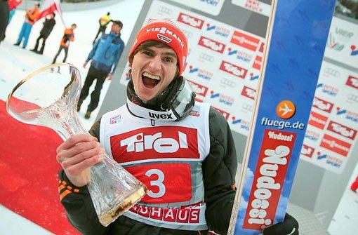 Richard Freitag fliegt in Innsbruck zum Sieg