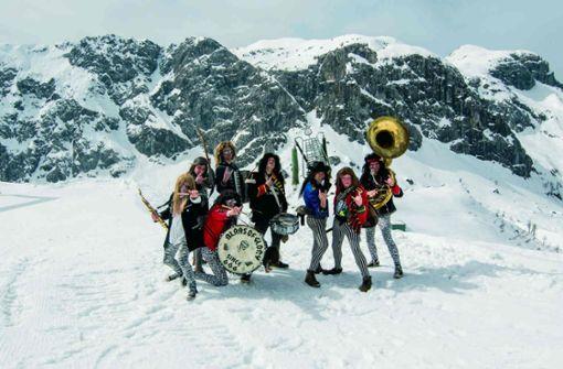 Blaas of Glory spielen Metal auf Tuba, Akkordeon und Co – und sind in den Umbaupausen an der Reihe.  Foto: Veranstalter