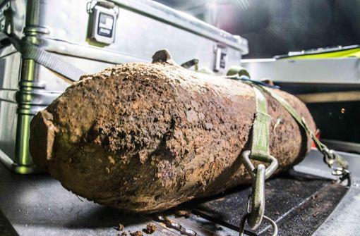 Diese Bombe aus dem Zweiten Weltkrieg ist in Böblingen am Montagabend entschärft worden. Foto: 7aktuell.de/Marc Gruber
