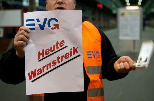 Gewerkschaft EVG droht mit Warnstreiks