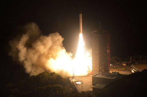 Epsilon-3 bringt Privatsatelliten ins All