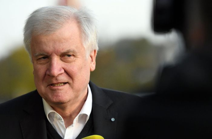 Junge Union fordert Seehofers Abgang: Aus is, Horst!