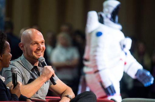 Raumfahrer Gerst eröffnet Schau über den Mars