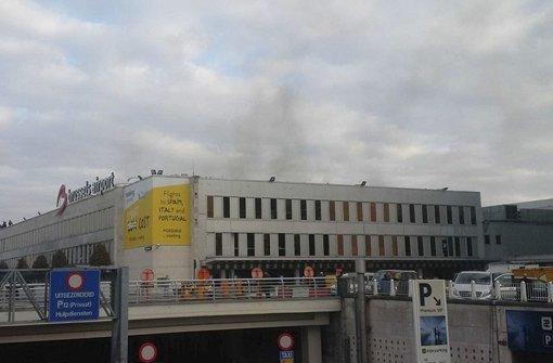 Gegen acht Uhr gab es zwei Explosionen in der Abflughalle des Brüsseler Flughafens. Augenzeugen berichten, es seien zuvor auch Schüsse gefallen. Bislang hat die Bundesanwaltschaft 10 Todesopfer und  35 Verletzte bestätigt. Foto: Daniela Schwarzer