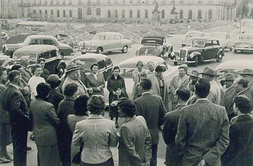 Schon in den 50er-Jahren fand sich der WAC mit einem Autokorso auf dem Stuttgarter Schlossplatz ein Foto: WAC