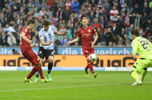 VfB-Spieler lassen die Köpfe hängen