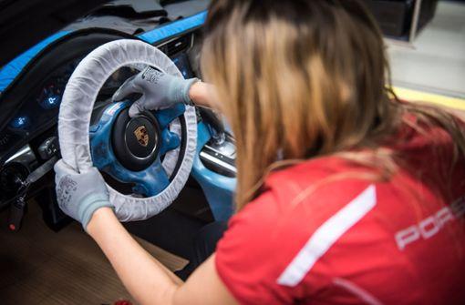 Autobauer stocken Prämien für die Mitarbeiter auf