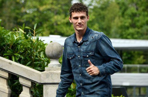 Fühlt sich wohl beim VfB Stuttgart: Der französische Weltmeister Benjamin Pavard. Foto: AFP