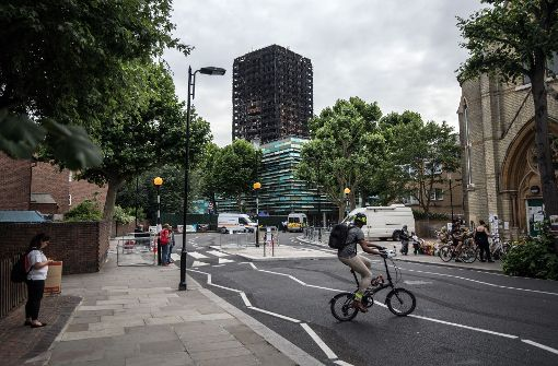 Brandgefahr in Hochhäusern 4000 Bewohner müssen Wohnungen in London verlassen