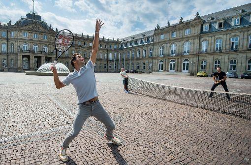 Haas und Federer liefern sich Straßen-Match