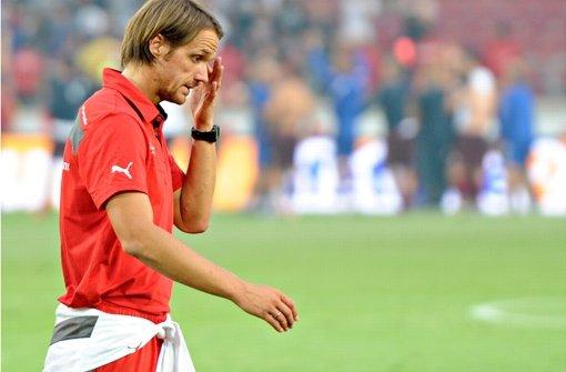 Verpatztes Debüt von VfB-Trainer Thomas Schneider in den Europa-League-Play-offs Foto: dpa