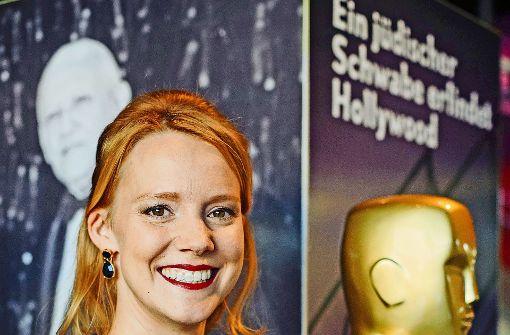 """Nina Rausch in der  """"Laemmle""""-Ausstellung im Haus der Geschichte. Foto: Lichtgut/Verena Ecker"""