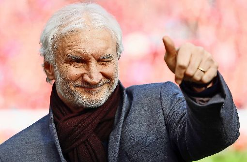 Ein knitzer Fußballmacher:  Sportdirektor Rudi Völler ist mit dem Bundesligisten Bayer Leverkusen auf dem Weg nach oben. Foto: Getty