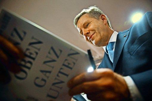 Ganz oben, ganz unten: So empfindet Christian Wulff Aufstieg und Fall als Bundespräsident  Foto: Getty